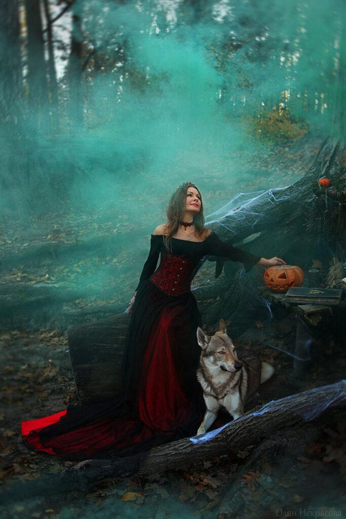 Женщина ведьма