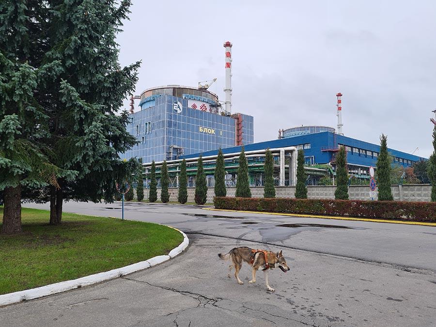 Хмельни́цкая АЭС